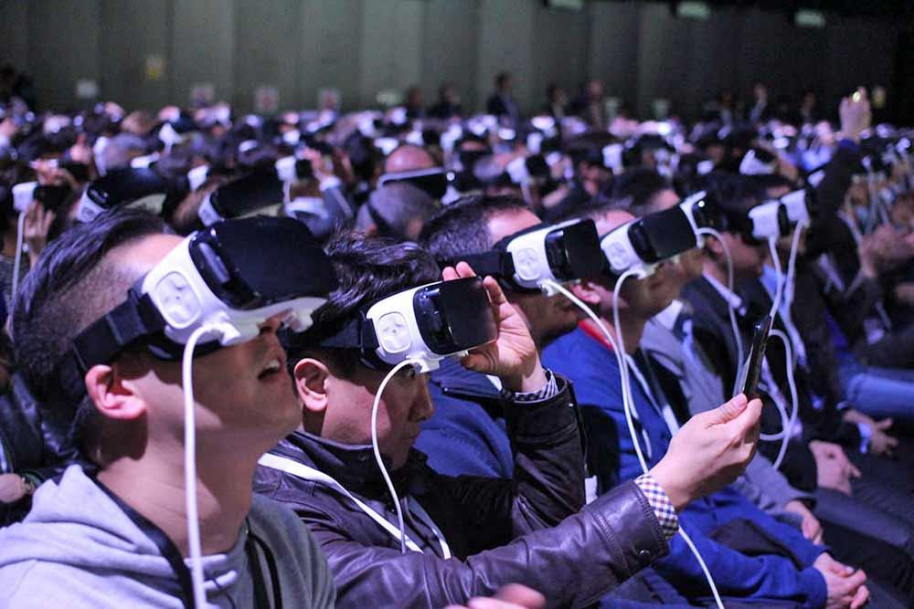 Virtual reality organizations